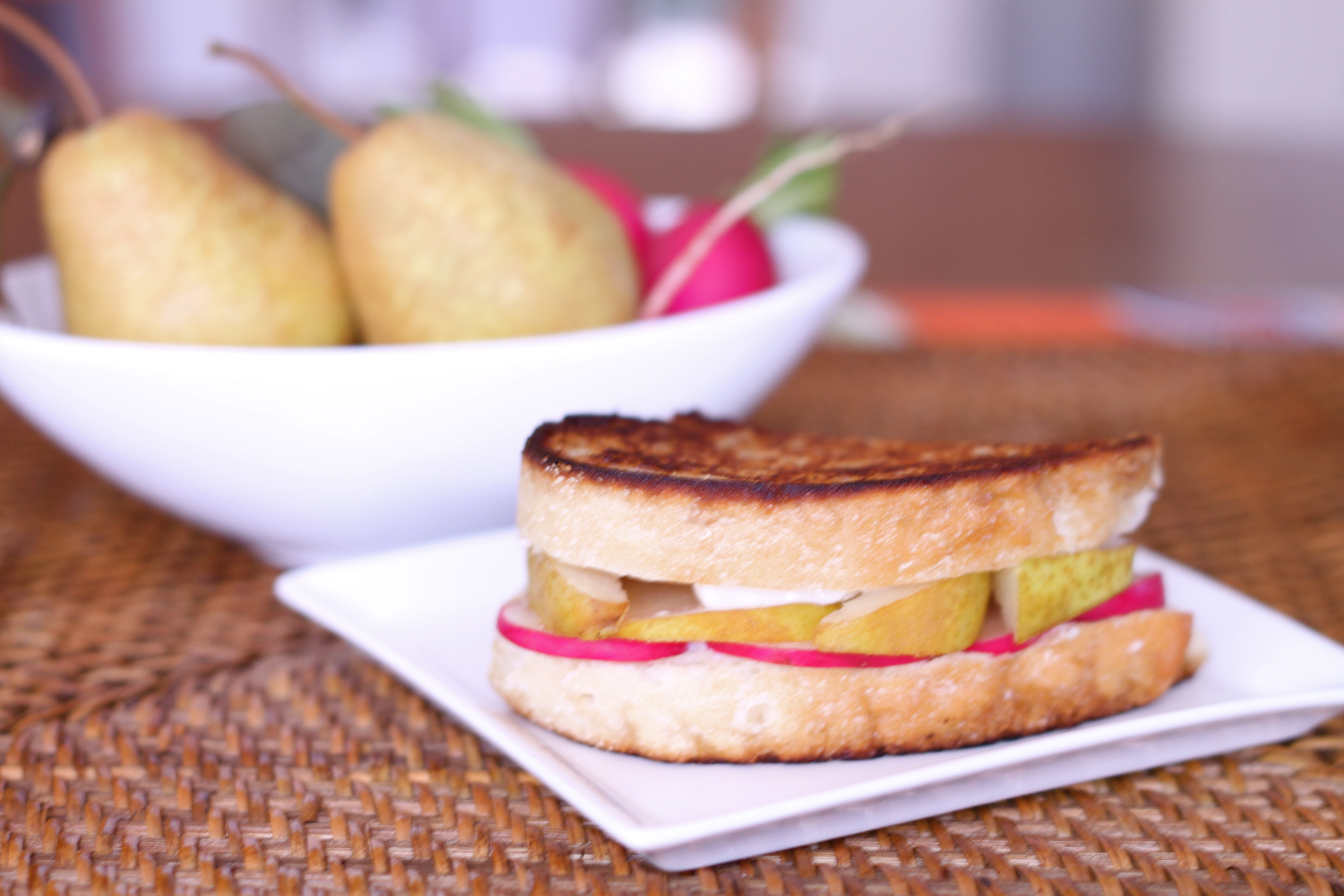 Pear and Brie Grilled Cheese Sandwich |